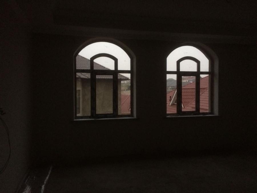Вид пластиковых окон внутри помещения